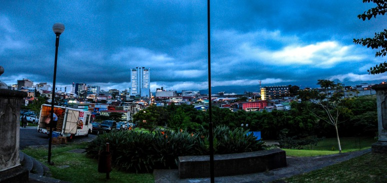 heavy-clouds-over-san-jose-costa-rica